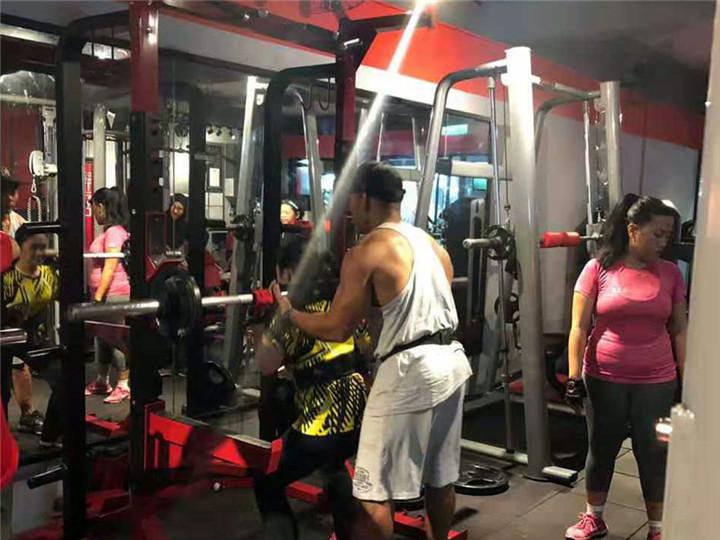 文莱健身房客户